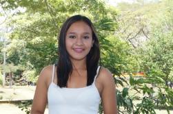 Hazel Estrada. Estudiante de la carrera de Comunicación para el Desarrollo. Trabajo en el canal en linea de la UNAN-Managua, Contame TV como reportera, me gusta la Televisión y la Radio. Amante del canto y tocar instrumentos.